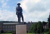 Queen's Gardens and War Memorial
