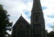 Eglwys Uno Sant Ioan i gau ar gyfer addoli