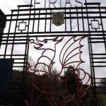<!--:en-->10. Ornamental Gates<!--:--><!--:cy-->10. Y Giatiau Addurniadol<!--:-->