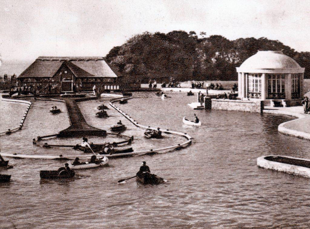 017 PHOTO Boating Lake 01