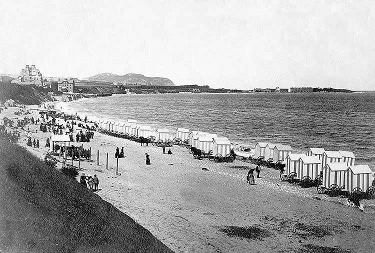 bathing-huts-on-the-beach