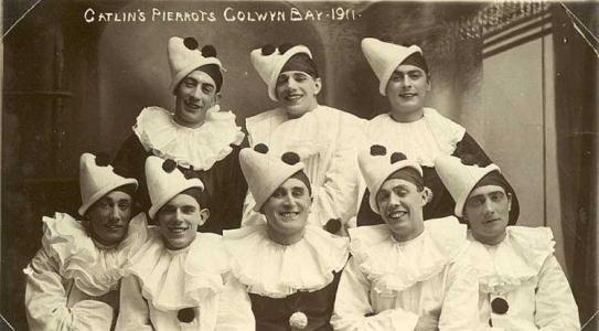 catlins-pierrots-1911