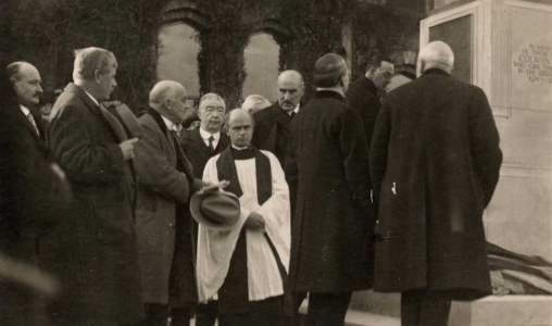 The unveiling of the War Memorial, 1922.