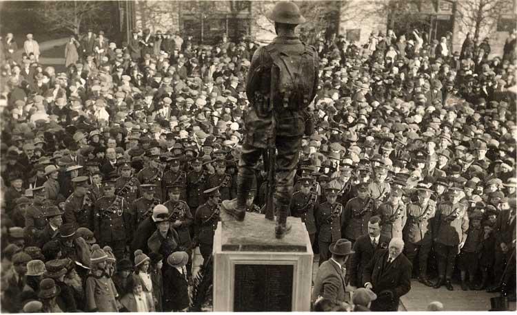 The War Memorial, c.1922.